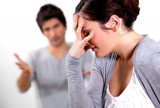 Alasan Pria atau Wanita Tak Mau Putus Cinta
