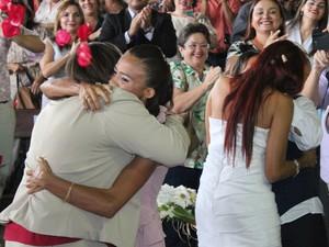 Casais comemoram oficialização da união igualitária no Piauí (Foto: Gilcilene Araújo)