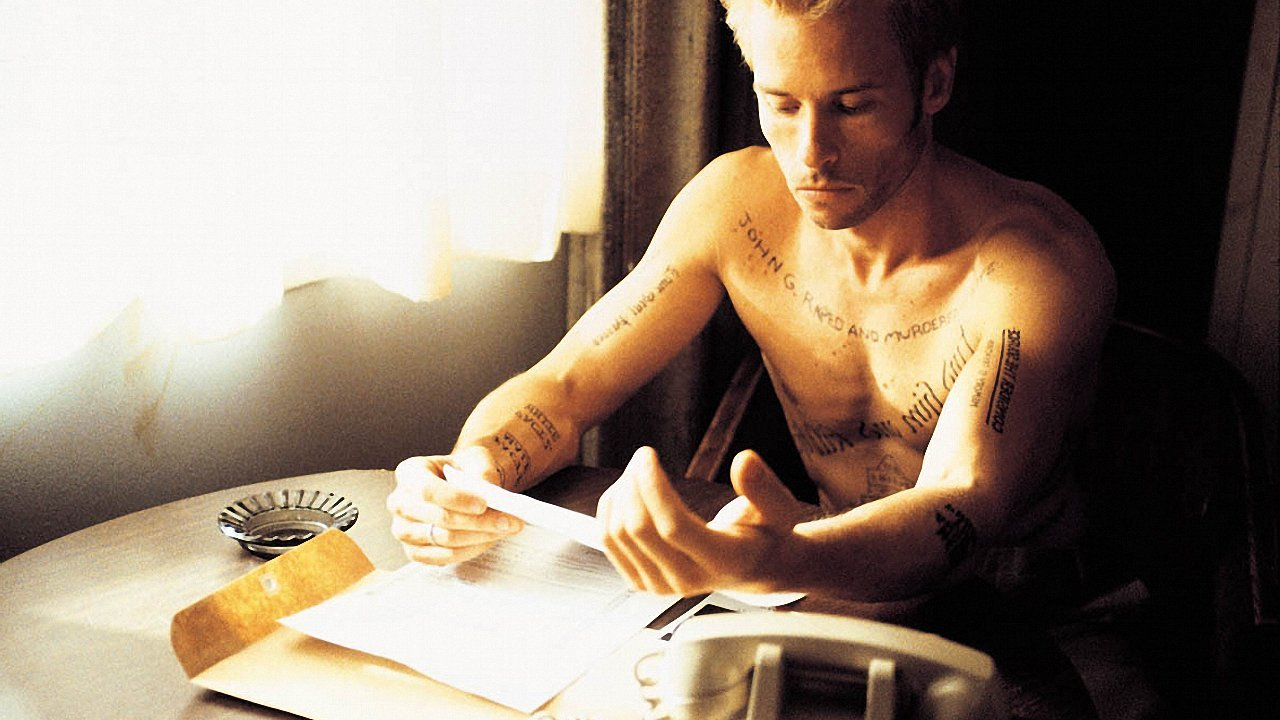 memento the movie Memento is a thriller for people who are sick of thrillers, a puzzle movie in which  the puzzle is actually worth the time and effort to solve.