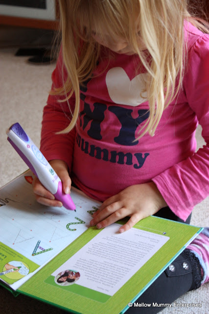 Learning to write with the Leapfrog LeapReader