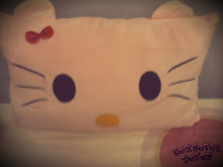 hello kitty,bedroom,pillow,britney spears,bilik,