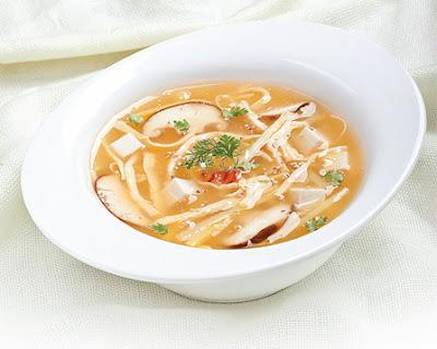 sup gà chua cay