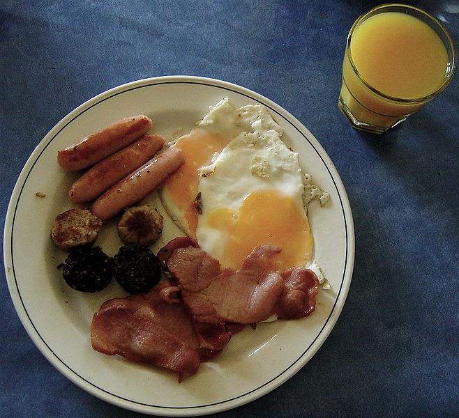 Recetario de la abuela lola desayunando en el mundo for Desayuno frances tradicional