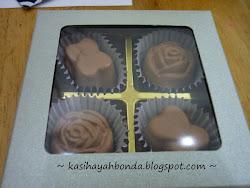Coklat Hiasan Sebagai Cenderahati