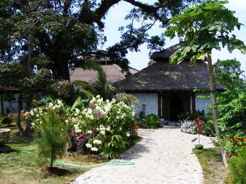 Nirvana Laut Karimunjawa, Hotel & Resort Dengan Pantai Pribadi