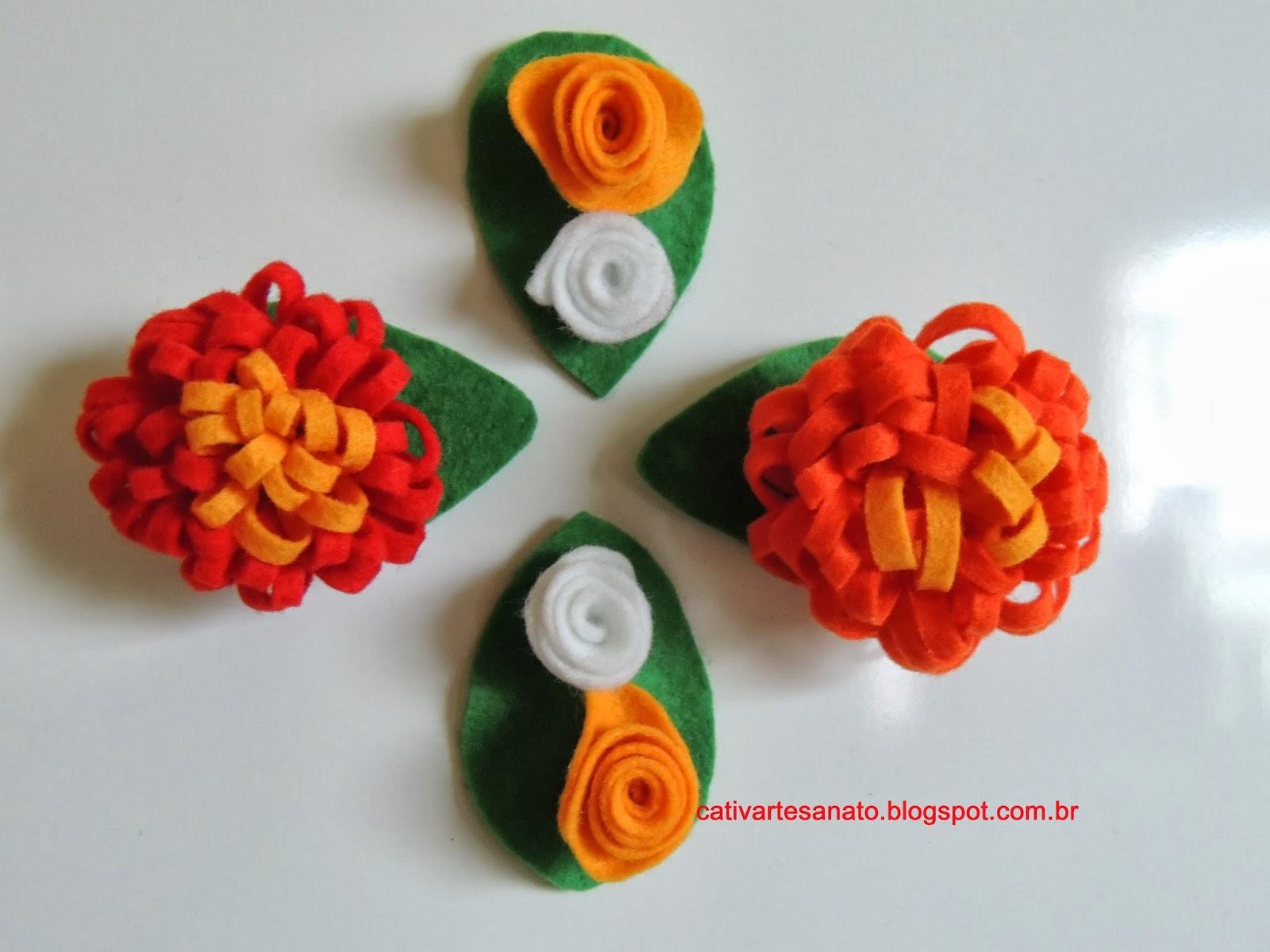 cativa artesanato Ima de geladeira flor de feltro