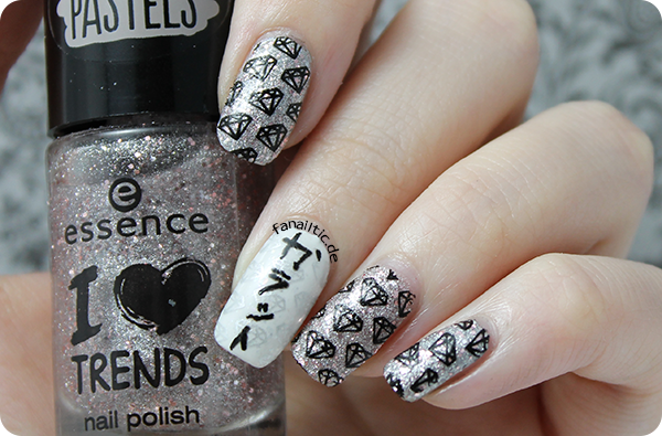 """essence """"sparkle in a bottle"""" moyou london pro 05 stamping"""