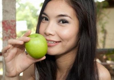 manfaat buah apel untuk kecantikan kulit