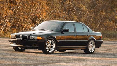 Melted Rubber 2000 BMW 740i Sport Review