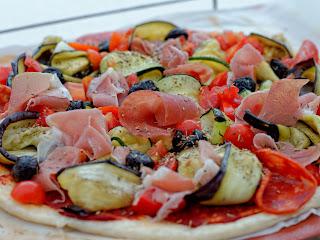 Tarte fine aux légumes grillés (façon pizza)
