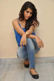 Rashmi Gautam sizzling Pictures 012