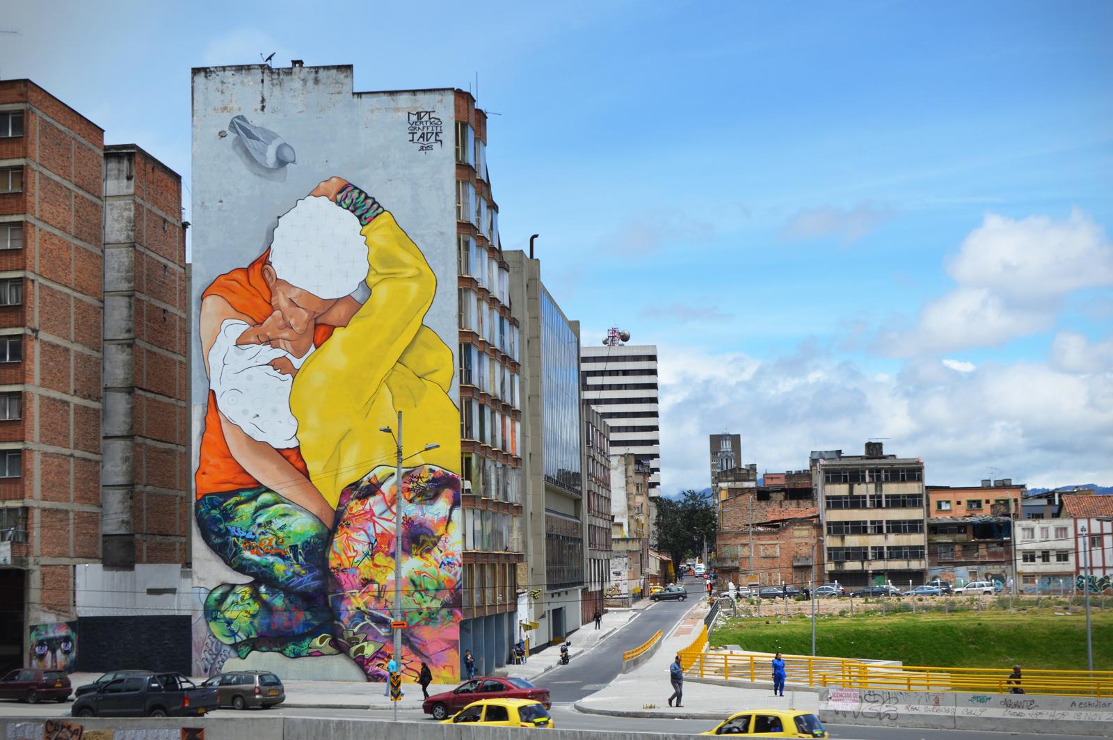 Jade x vertigo graffiti x mdcrew new mural in bogota for Mural nuestra carne