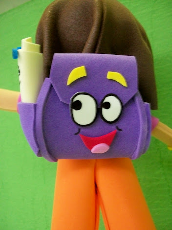 MOCHILA DA DORA (EM EVA)