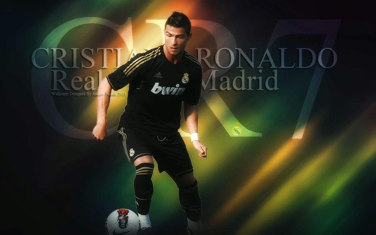 Foto Dan Biodata Cristiano Ronaldo (CR7) Dengan Aksinya