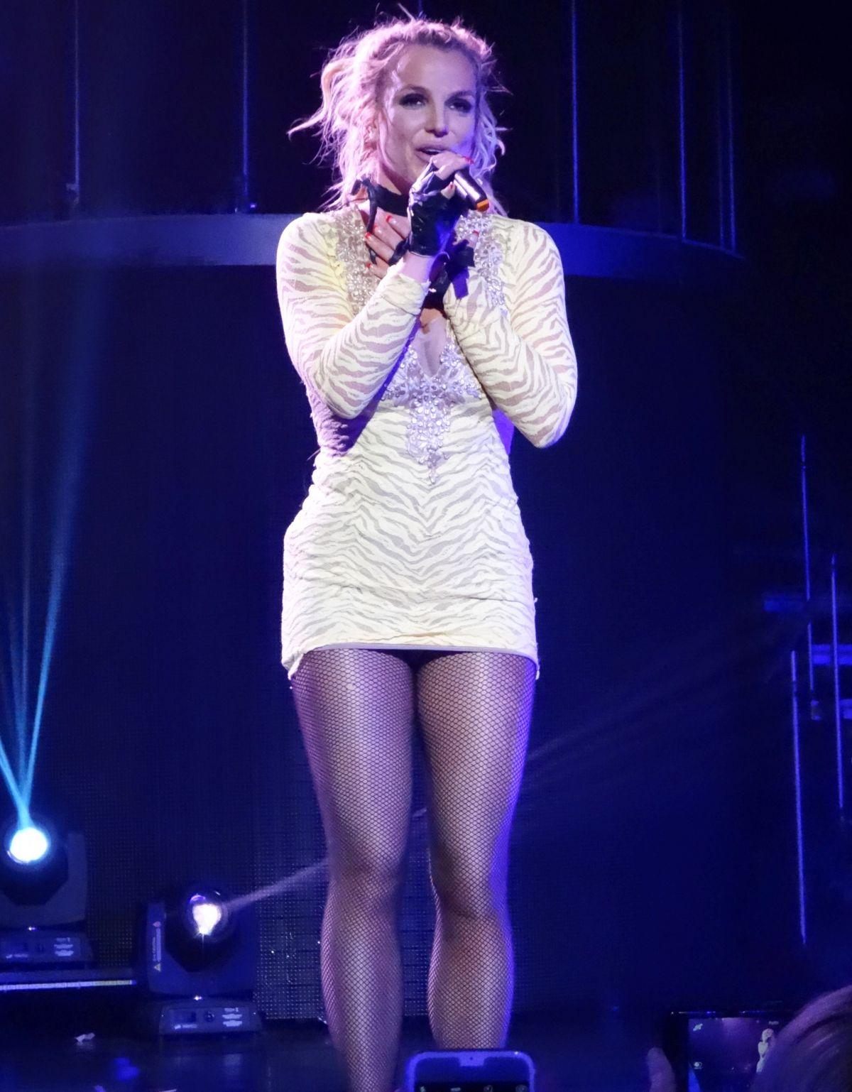 Arts Cross Stitch: Actress, Singer, @ Britney Spears ...