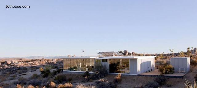 Casa californiana auto-sustentable en el alto desierto