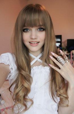 http://2.bp.blogspot.com/-rGzpXA4B9Jo/ULI7zDssngI/AAAAAAAAFxc/G4ghRgwzuK0/s1600/Dakota_Rose_Ostrenga_Barbie_Girl_Onebyo_02.png