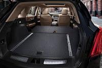 Cadillac XT5 (2017) Interior