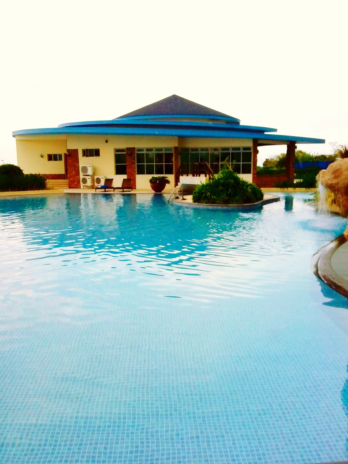 Robinsons Luxuria Cebu Amisa Beach Resort Condo The Gallery