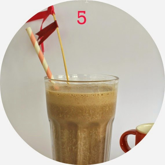 mocha date banana smoothie