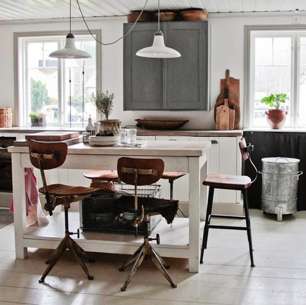 Una cocina vintage luminosidad compleja con elementos retro comodoos interiores - Cocinas retro vintage ...