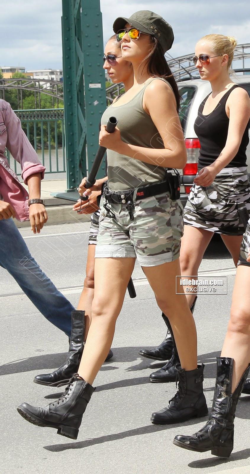 kajal agarwal shorts