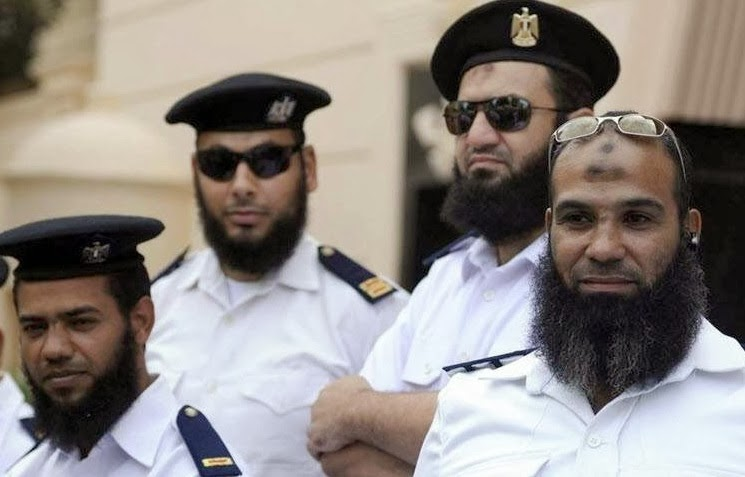 Polisi Mesir berjanggut (Islammemo)