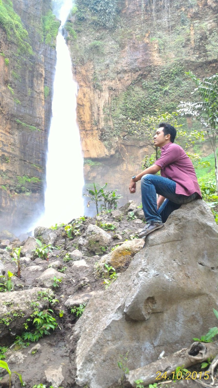 traveling air terjun coban sewu air terjun kapas