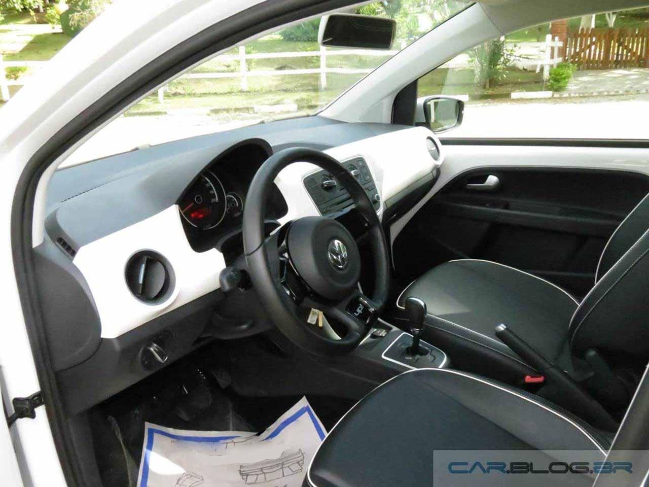 Volkswagen up! I-motion - interior