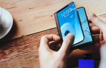 Samsung Shows Flexible Phone+Tablet like Wallet