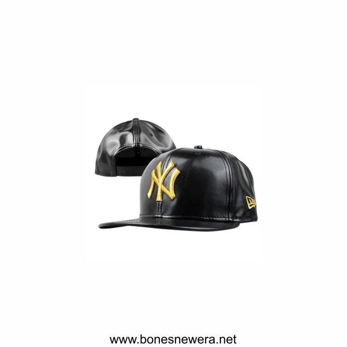 Boné New Era Yankees Couro Preto, Dourado Snapback