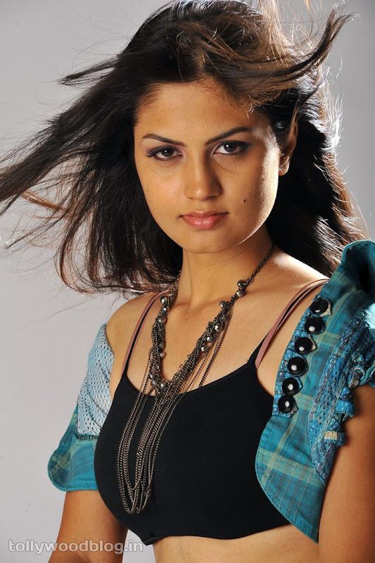 Madhulika Hot Photos glamour images