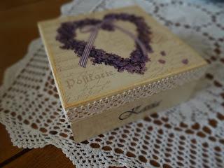 szkatułka z imieniem i dedykacją, decoupage