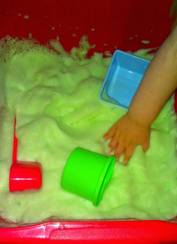 Toddler Foam Sensory Play. Green Foam. http://lukeosaurusandme.blogspot.co.uk