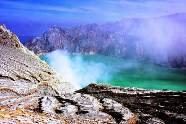 Images of Beautiful Scenery in Indonesia