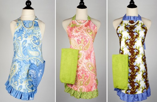 Coordinating women's and children's aprons