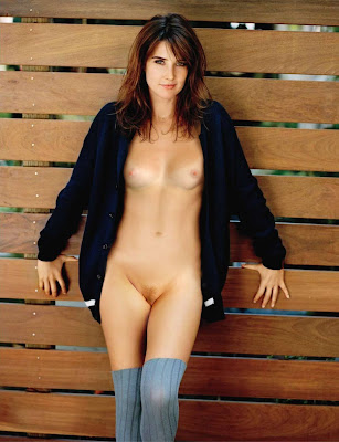 977737844 CobieSmulders 123 369lo Cobie Smulders Nude Pssing For Magzine Cover Showing BOobs & Pussy [Fake]