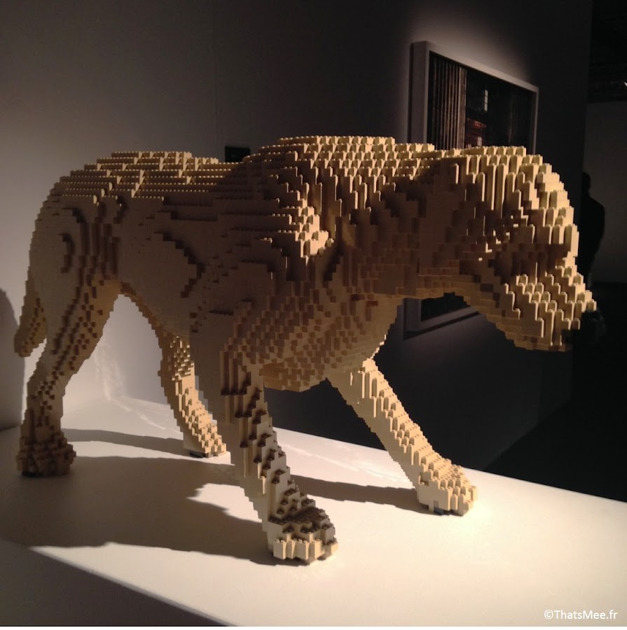 chien en Lego Nathan Sawaya sculpture The ARt Of Brick expo porte de Versailles Lego Paris
