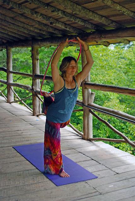 mudmee+tiedye+pants - The Mudslide of Tie -Dye Pants Go to Yoga Class