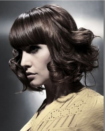 Frisuren mit Locken 2012/2013