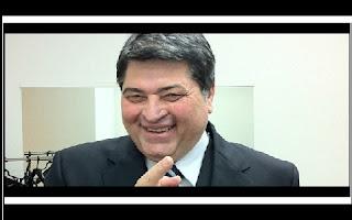 O apresentador do programa policial Brasil Urgente, da Band, José Luiz Datena, vai disputar a Prefeitura de São Paulo nas eleições do ano de 2016. Depois de conversas com partidos como PSB e PSDB, o jornalista bateu o martelo com o PP, que, no estado de São Paulo, tem o deputado federal Paulo Maluf como uma das maiores lideranças.
