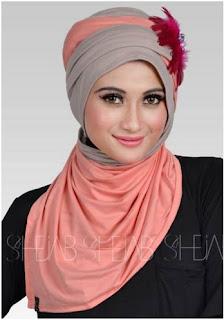 Koleksi Model Hijab Modern untuk Wisuda