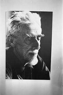 http://es.wikipedia.org/wiki/M._C._Escher