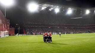 El Athletic celebrando un gol en el Nuevo San Mamés, para ganar 3-2 al Celta.