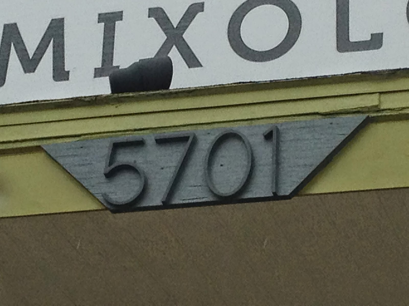 Mad for mid century mid century house numbers on a for Mid century modern address numbers
