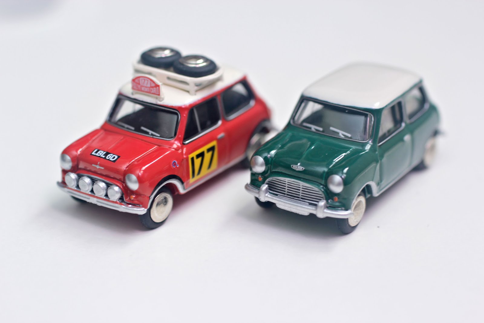 1 64 DIECAST HUNTER  1 87  Mini Cooper S