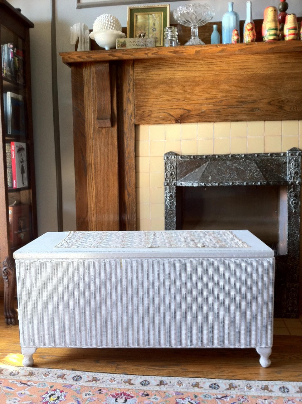*SOLD* White Wicker Blanket Chest, Toy Chest, Or Coffee Table: $30