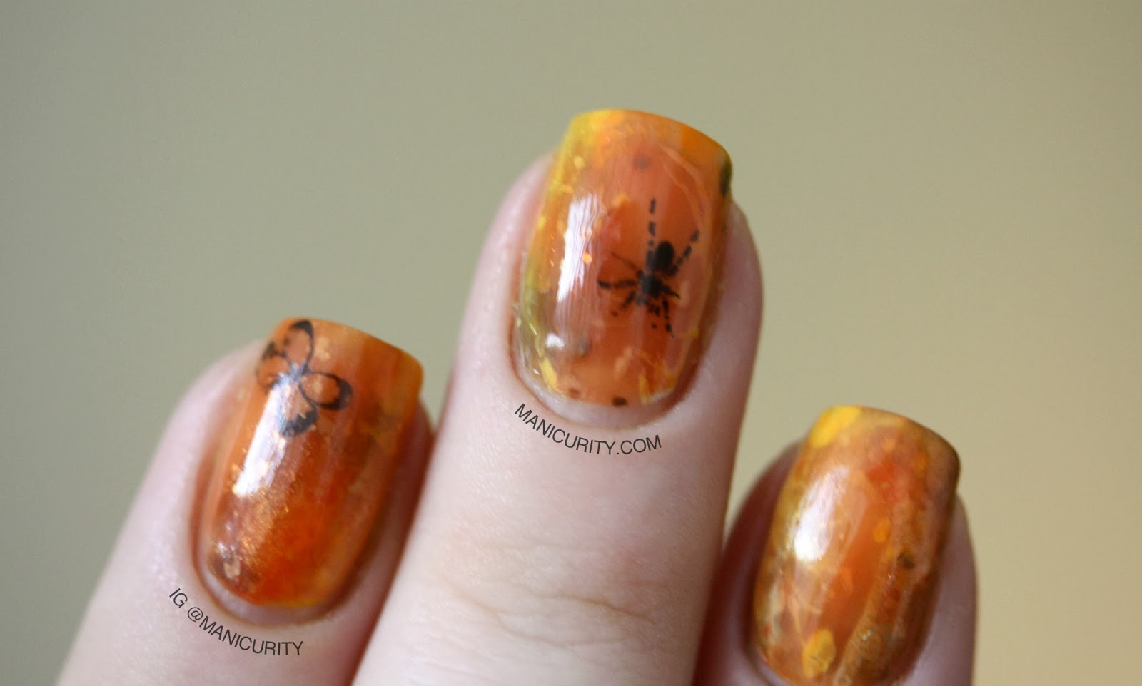 Manicurity: Amber Resin Nail Art