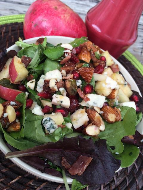Recipe:  Salad, Recipe:  Main Dish, Recipe:  Side Dish, pomegranate, Mixed Green Pomegranate Salad with Creamy Pomegranate Dressing, best pomegranate salad ever, Deals to Meals