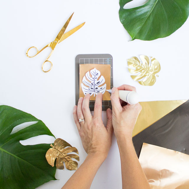 Make these pretty tropical leaf magnets for your fridge!